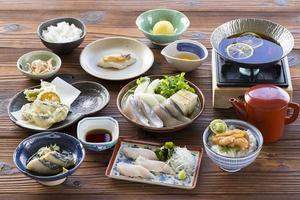淡路島の裏旬サワラ柚子すき鍋コース登場!